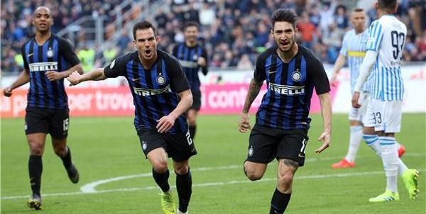 انتر ميلان يعود الى سكة الانتصارات بفوز صعب أمام سبال بالدوري الايطالي